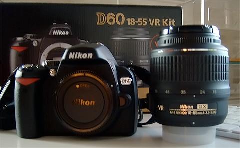 ↑ Nikon D60